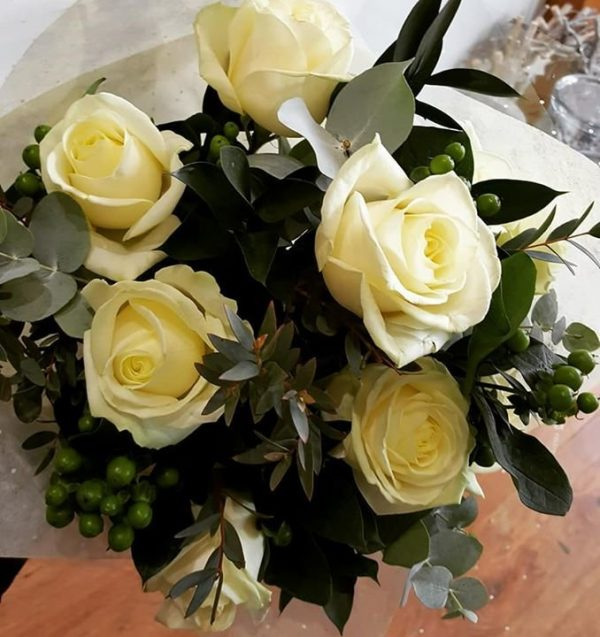 Simply Roses (white)